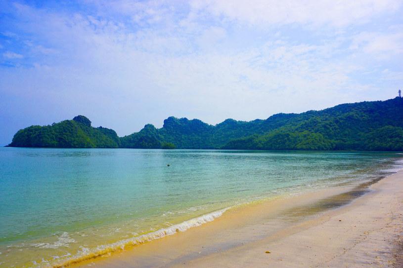 Jedna z plaż na wyspie Langkawi w Malezji /123RF/PICSEL