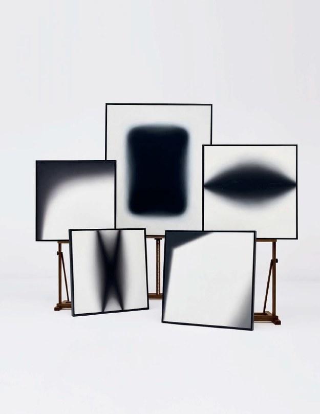 Jedna z prac Wojciecha Fangora, która pojawiła się na aukcji /