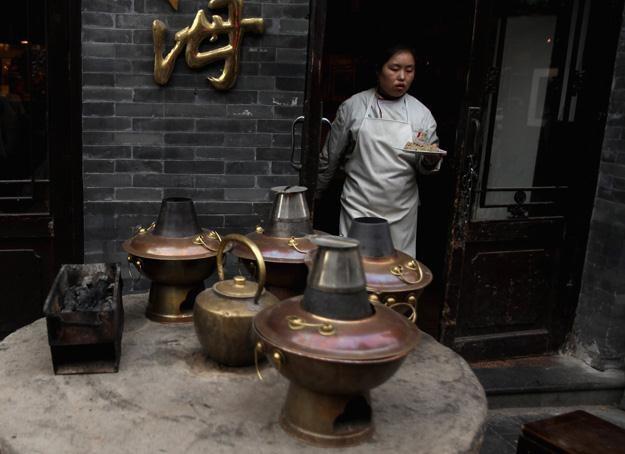 Jedna z restauracji w dzielnicy Hutong /Getty Images/Flash Press Media