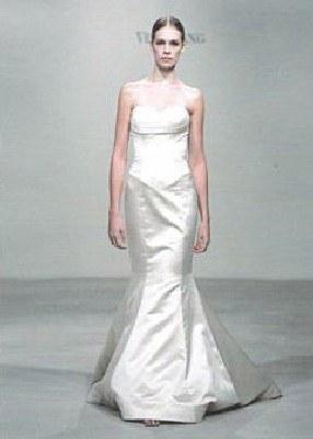 Jedna z sukni ślubnych z kolekcji Very Wang /