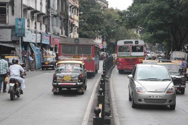 Jedna z ulic Bombaju... /INTERIA.PL