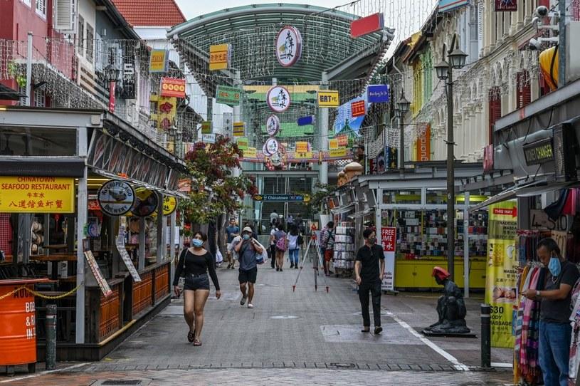 Jedna z ulic w Singapurze, zdj. ilustracyjne /ROSLAN RAHMAN / AFP /AFP