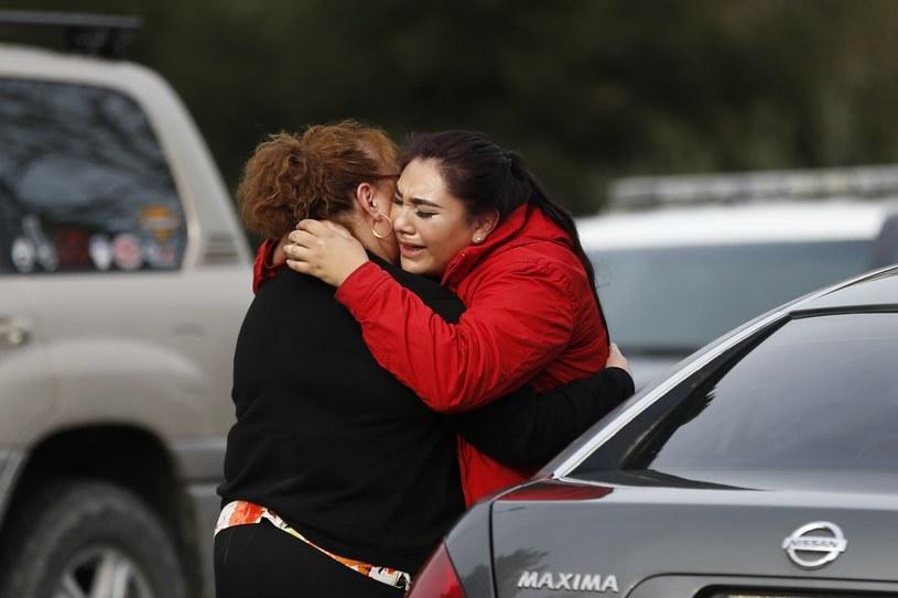 Jedna z uwolnionych zakładniczek /Stephen Lam /AFP