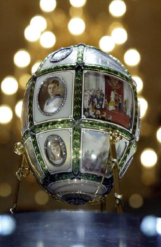 Jedno z jajek Faberge /AFP