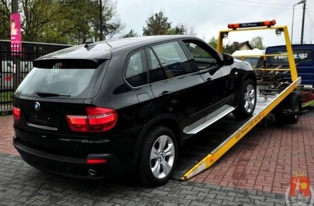 Jedno ze skradzionych BMW /Policja