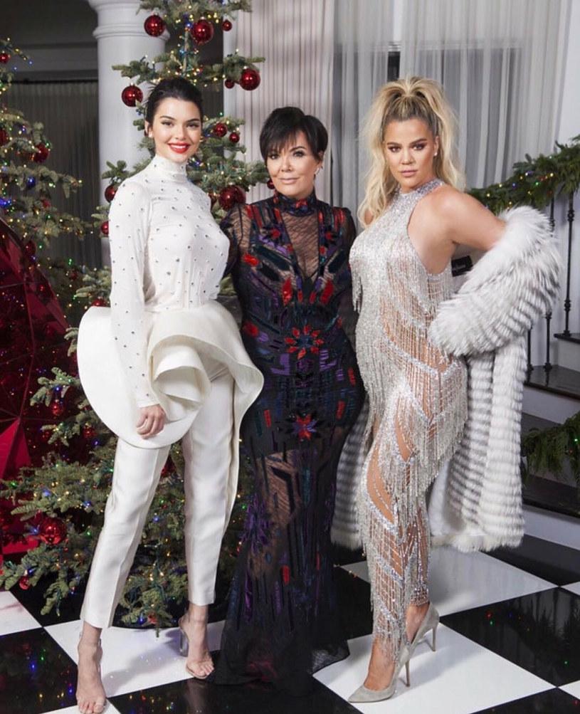 Jedno ze świątecznych zdjęć Kardashianów /Sipa USA /East News