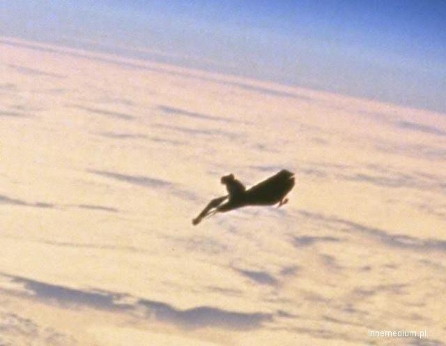 Jedno ze zdjęć NASA, na którym widać tajemniczy obiekt /Innemedium.pl