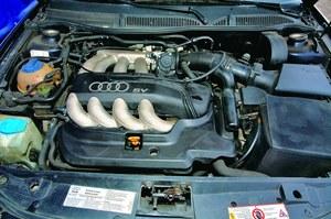 Jednostka 1.8 20V jest droższa w naprawach od 1.6 8V, a jej osiągi nie przekonują. //Motor