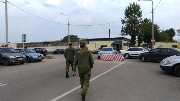 Jednostka Siewiernyj, na terenie której znajduje się wrak /Przemysław Marzec /RMF FM