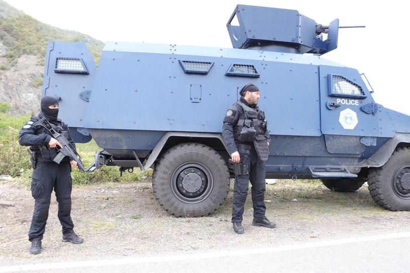 Jednostka specjalna policji Kosowa pilnująca porządku na granicy z Serbią /Getty Images