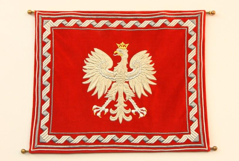 Jednym z elementów ustawy o symbolach państwowych ma być przywrócenie Chorągwi Rzeczpospolitej /Stanisław Kowalczuk /East News