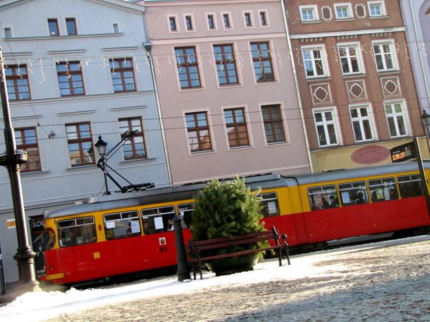 Jedyny tramwaj w Polsce wjeżdżający na starówkę /Kamil Młodawski /RMF FM