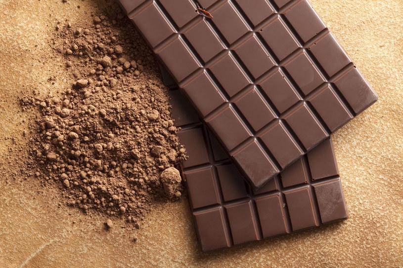 Jedz ją codzien- kliniczny nie, jeśli chcesz zadbać o serce, pobudzić do pracy szare komórki. Niestety, nie każda czekolada jest zalecana /123RF/PICSEL