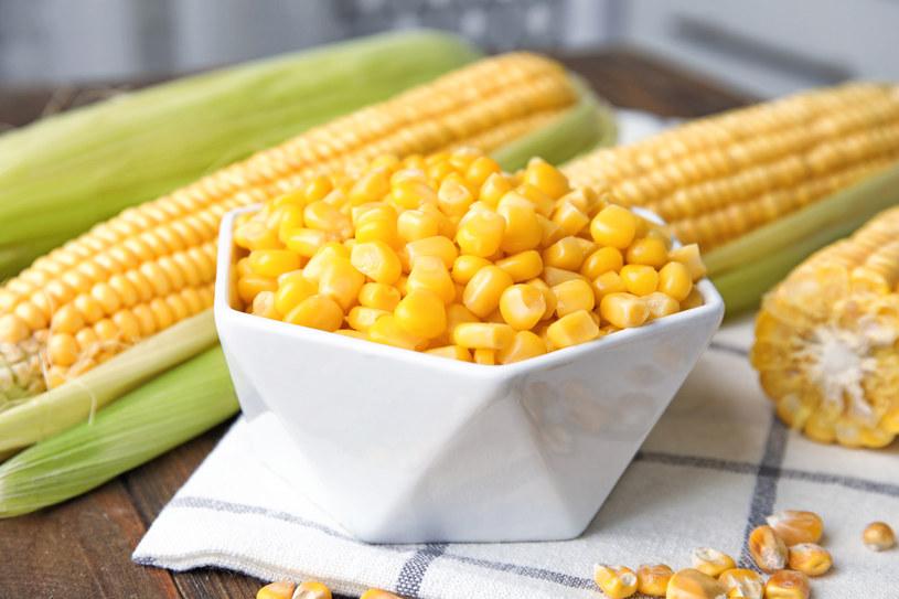 Jedz kukurydzę jak najczęściej /123RF/PICSEL