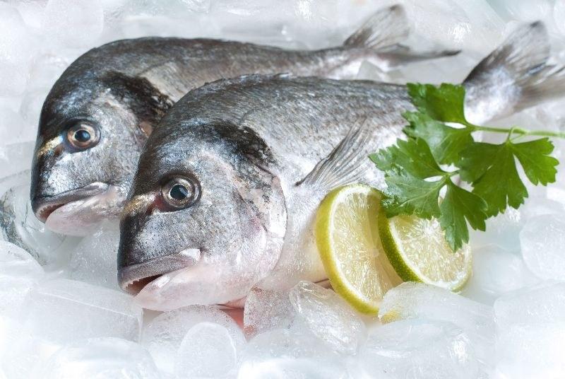 Jedz więcej ryb /© Photogenica
