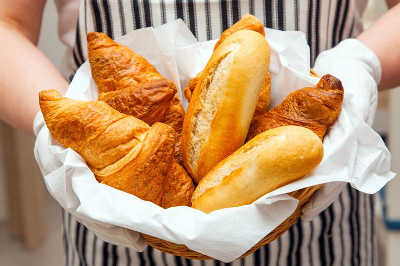 Jedzenie białego pieczywa zwiększa ryzyko udaru o 47 proc. /123RF/PICSEL