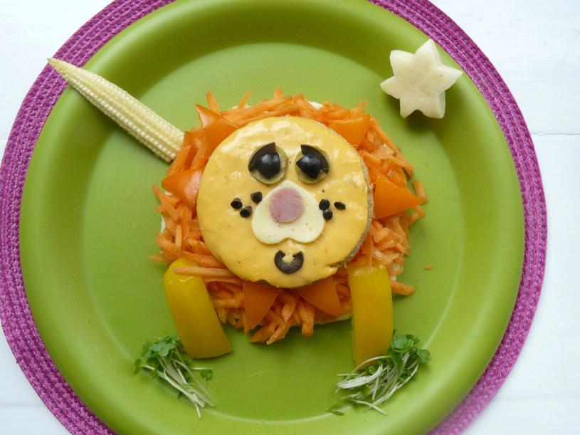 jedzenie dla dzieci /© Photogenica