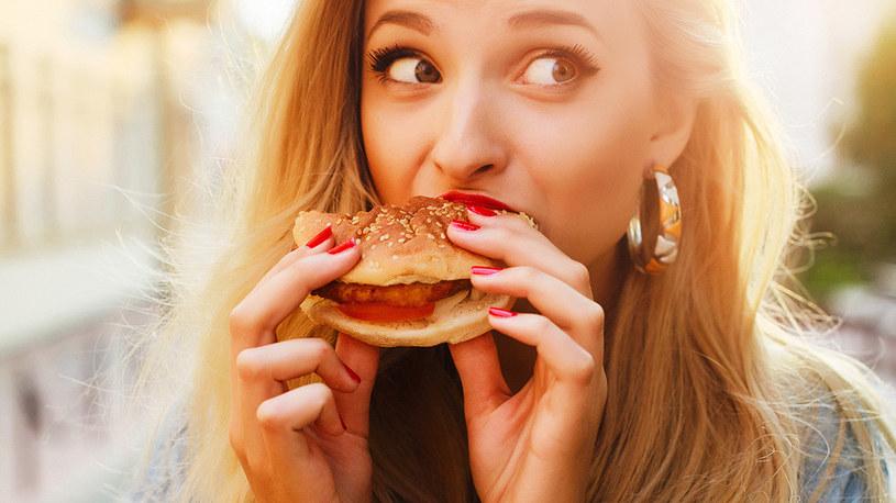 jedzenie fast food /© Photogenica