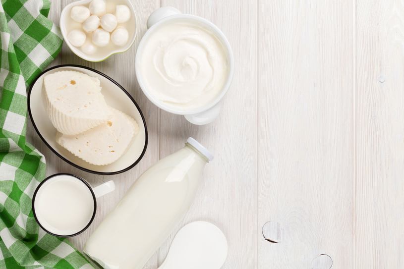 Jedzenie nabiału wspomaga wzrok, ale tylko produkty pełnotłuszczowe /123RF/PICSEL