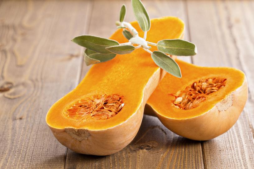 Jedzenie pestek dyni zapobiega rozrostowi gruczołu krokowego. Wspomaga też pracę jąder i poprawia funkcje seksualne. /123RF/PICSEL
