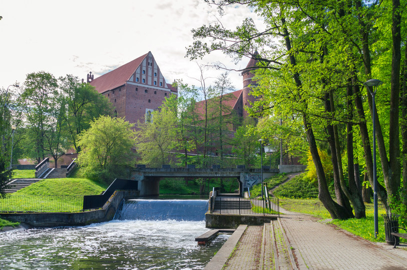 Jedziesz na Warmię i Mazury? Poświęć jeden dzień na zwiedzanie Olsztyna /123RF/PICSEL