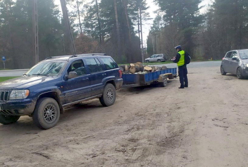 Jeep Grand Cherokee nie miał przeglądu /Policja