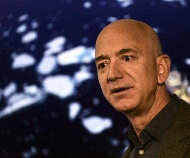Jeff Bezos może teraz rozpocząć nową erę wyścigu kosmicznego
