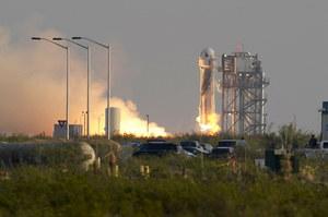 Jeff Bezos poleciał w kosmos. Rakieta New Shepard wyniosła kapsułę na wysokość 108 km