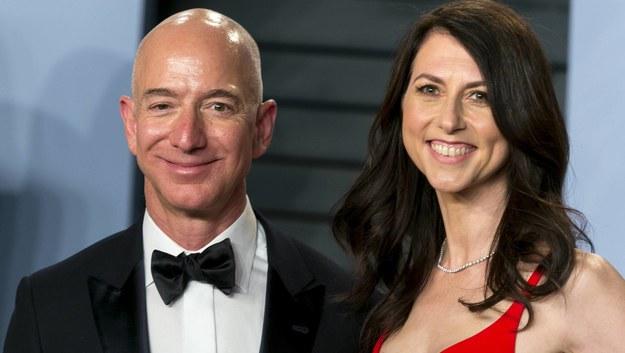 Jeff i MacKenzie Bezos rozwodzą się po 25 latach małżeństwa /PAP/DPA