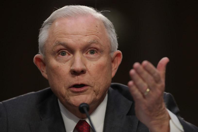 Jeff Sessions jest przesłuchiwany przez senacką komisję ds. wywiadu /CHIP SOMODEVILLA / GETTY IMAGES NORTH AMERICA  /AFP