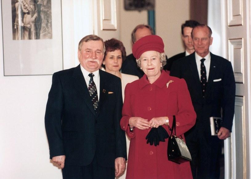 Jej Królewska Mość Elżbieta II złożyła w Polsce jedyną wizytę /East News