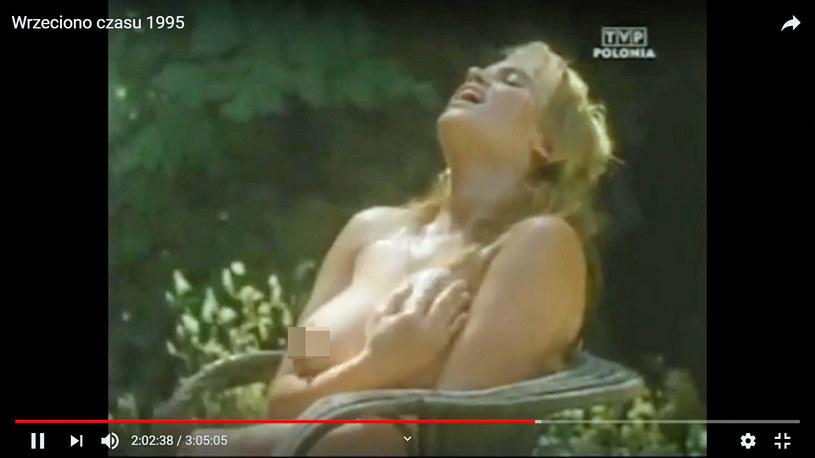 """Jej piersi zachwycały w wielu filmach! (Kadr z filmu """"Wrzeciono czasu"""") /brak /materiał zewnętrzny"""