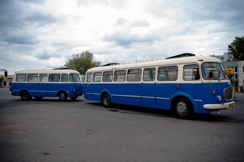 Jelcz 043 z przyczepą autobusową /Justyna Rojek /Agencja SE/East News