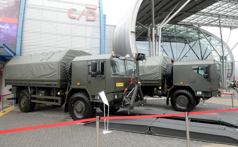 Jelcz istnieje do dziś dzięki upaństwowieniu i zamówieniom wojskowym /Jan Bielecki /East News
