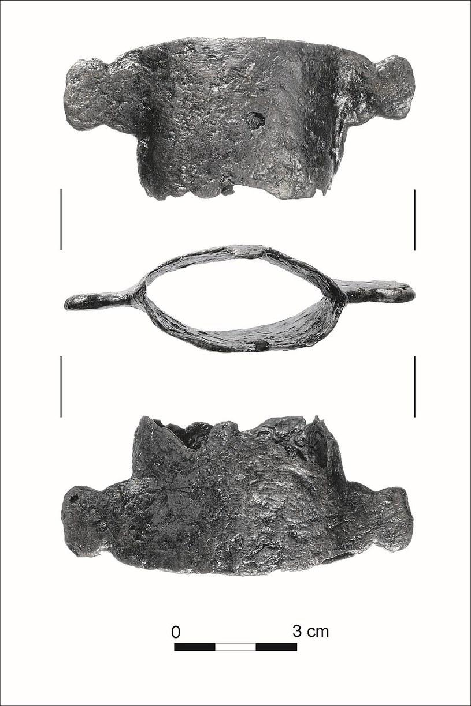 Jelec miecza typu bułgarskiego (bizantyjskiego) po konserwacji /Odkrywca
