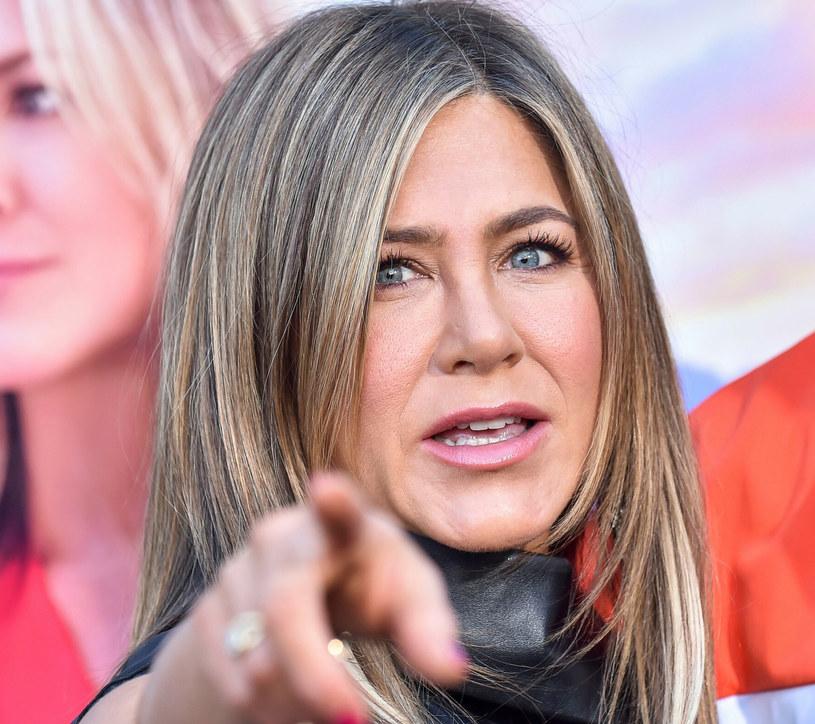 Jennifer Aniston uważa, że możliwość zaszczepienia się powinno się postrzegać w kategorii przywileju /Rex Features /East News