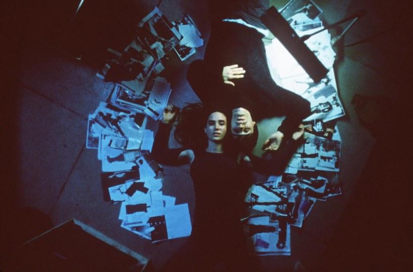 """Jennifer Connelly i Jared Leto w pamiętnym """"Requiem dla snu"""" (2000) /materiały dystrybutora"""