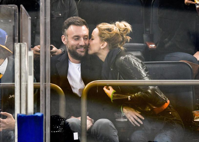 Jennifer Lawrence i Cooke Maroney już nie ukrywają swojej miłości /East News