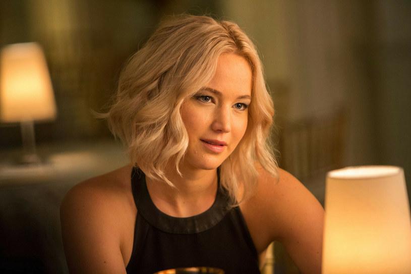 "Jennifer Lawrence w filmie ""Pasażerowie"" /SONY PICTURES / Album Online /East News"