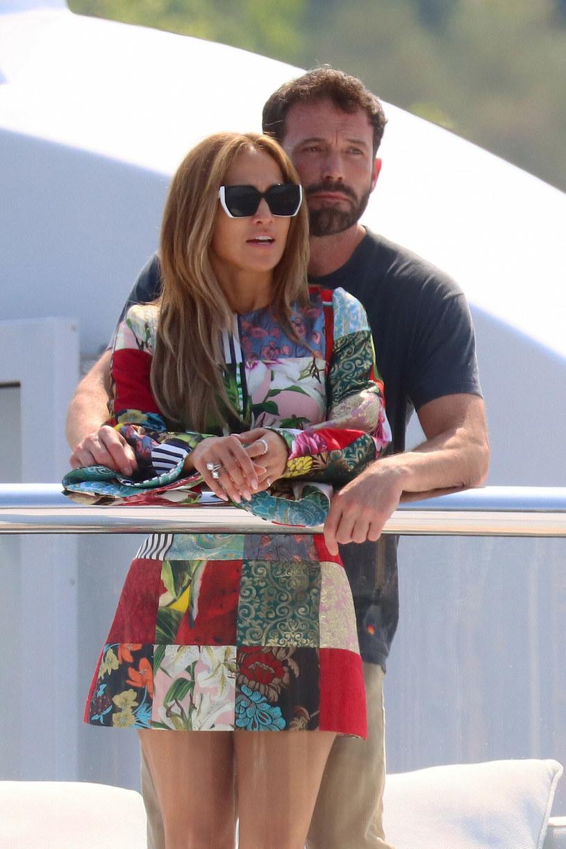 Jennifer Lopez i Ben Affleck już oficjalnie znów są razem /East News