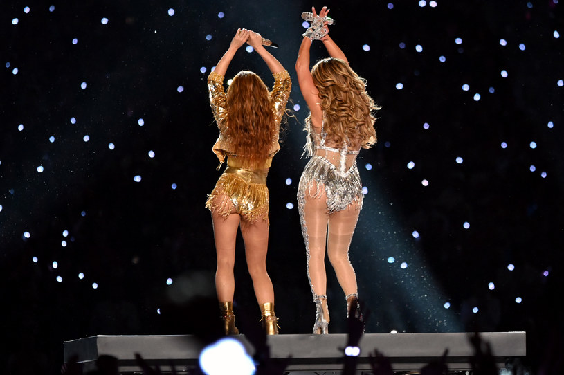 Jennifer Lopez i Shakira podczas Super Bowl /Kevin Mazur /Getty Images