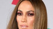 Jennifer Lopez miała na sobie białe futro, gdy zaczęła rodzić