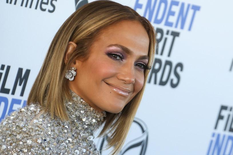 Jennifer Lopez na Instagramie śledzi ponad 120 mln internautów / Toni Anne Barson/WireImage /Getty Images