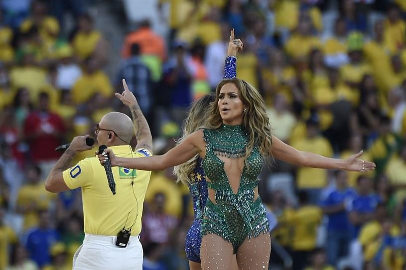 Jennifer Lopez na otwarciu MŚ wyglądała zjawiskowo! /AFP