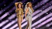 Jennifer Lopez na Super Bowl: Spektakularny show i oszałamiające kreacje Versace