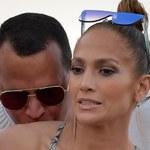 Jennifer Lopez nadal nosi pierścionek zaręczynowy wart 1,8 mln dolarów
