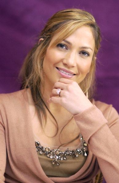 """Jennifer Lopez podczas konferencji prasowej filmu """"Gigli"""" /Vera Anderson/WireImage /Getty Images"""