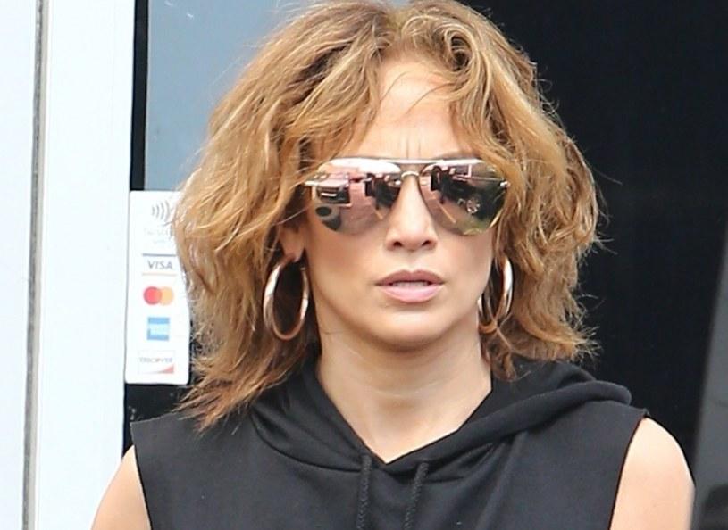 Jennifer Lopez w nowej fryzurze /CAMA/Backgrid/East News /East News