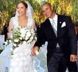 Jennifer Lopez w ślubnej kreacji Valentino /INTERIA.PL