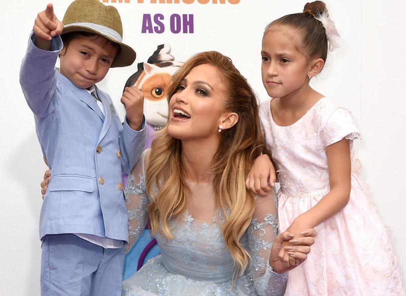 Jennifer Lopez z dziećmi /Getty Images
